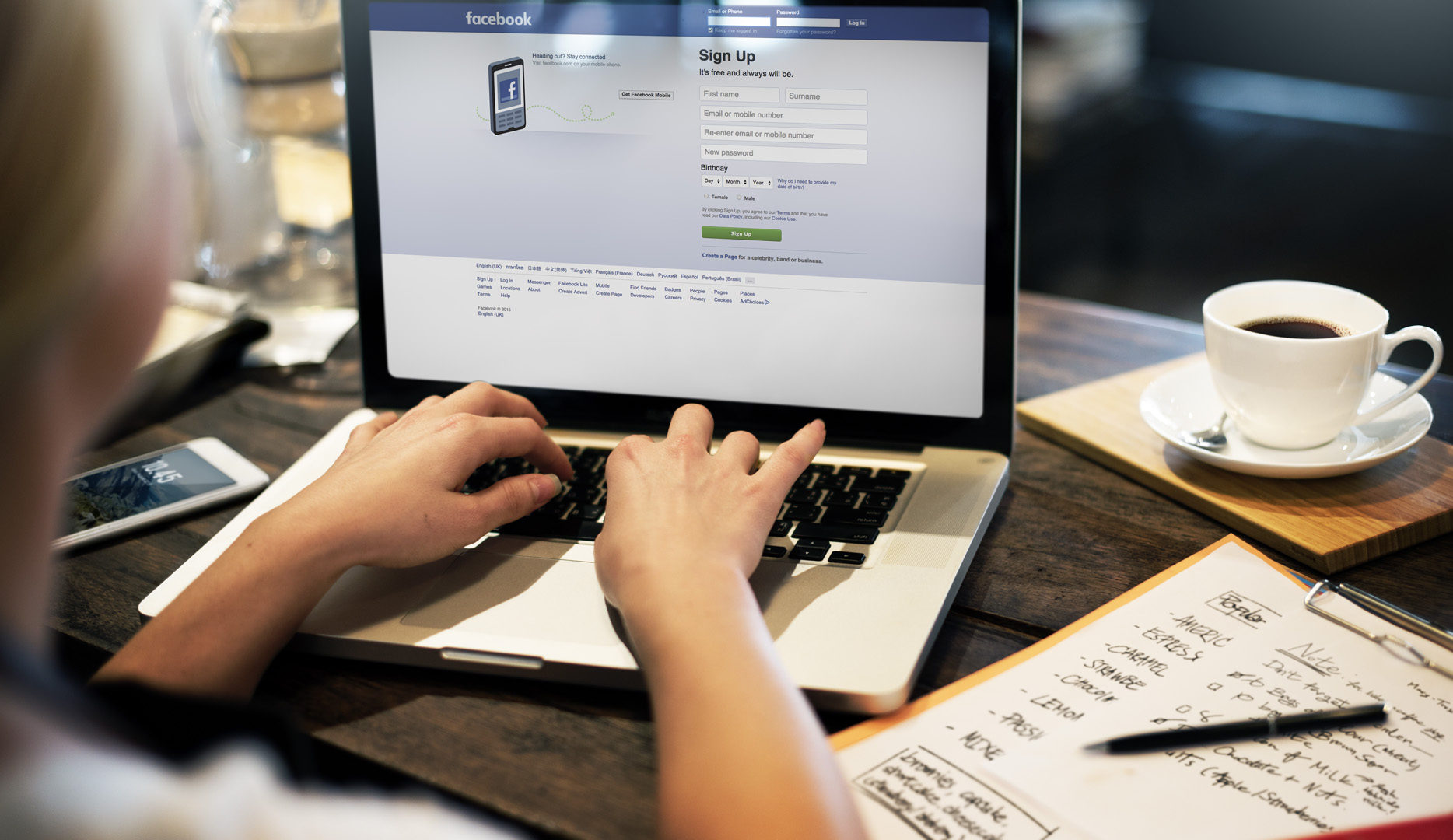 How to Use Facebook Jobs for Recruiting